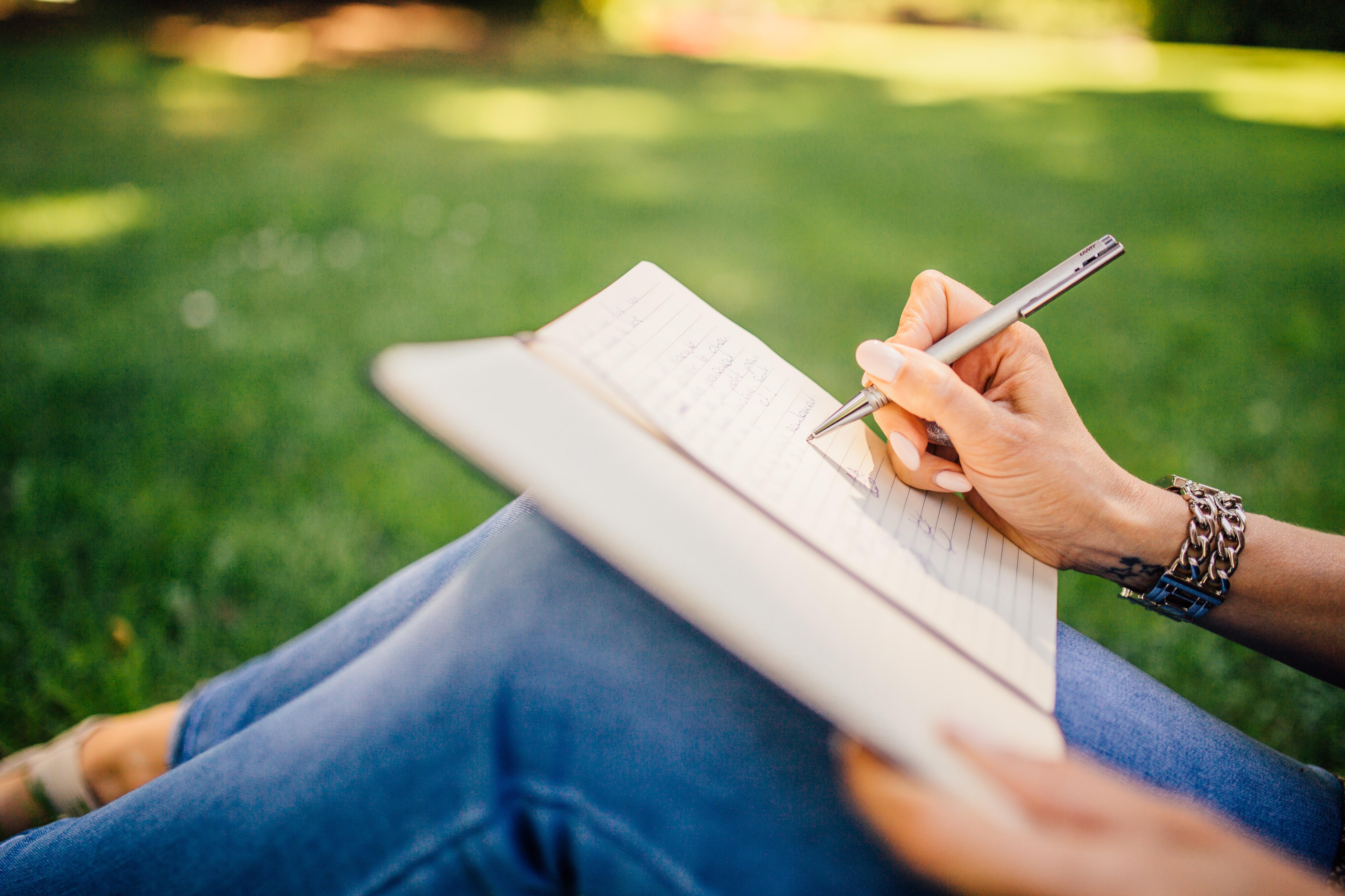 【ES対策】就活で失敗しないための自己PRの書き方のコツと例文