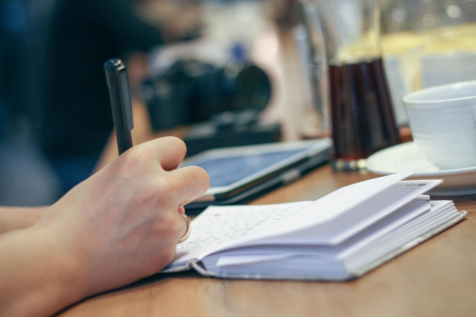 内定は企業研究で勝ち取れ!就活での企業研究ノートの作成法