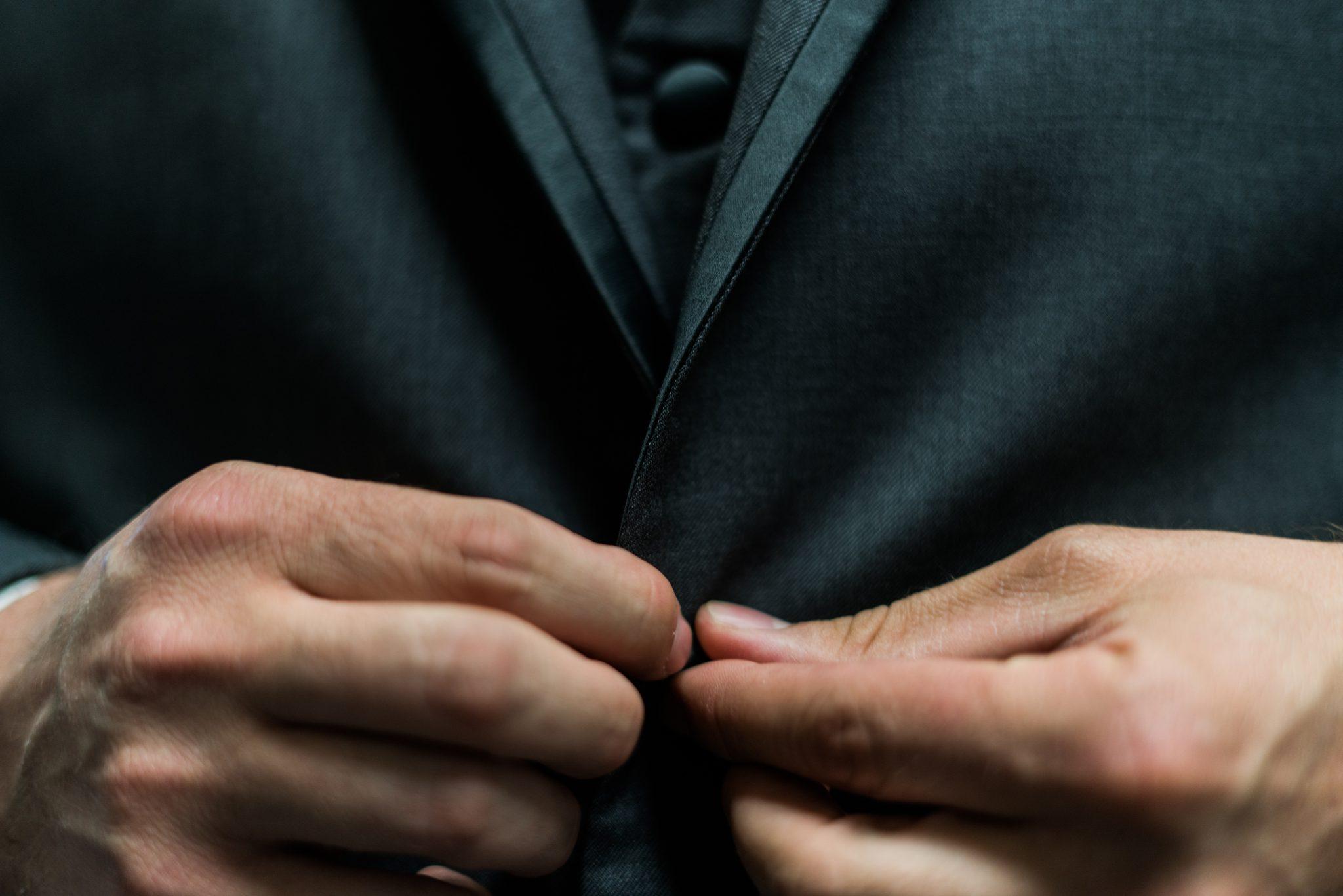 正しいマナーで好印象に!面接時の服装のポイントとは?