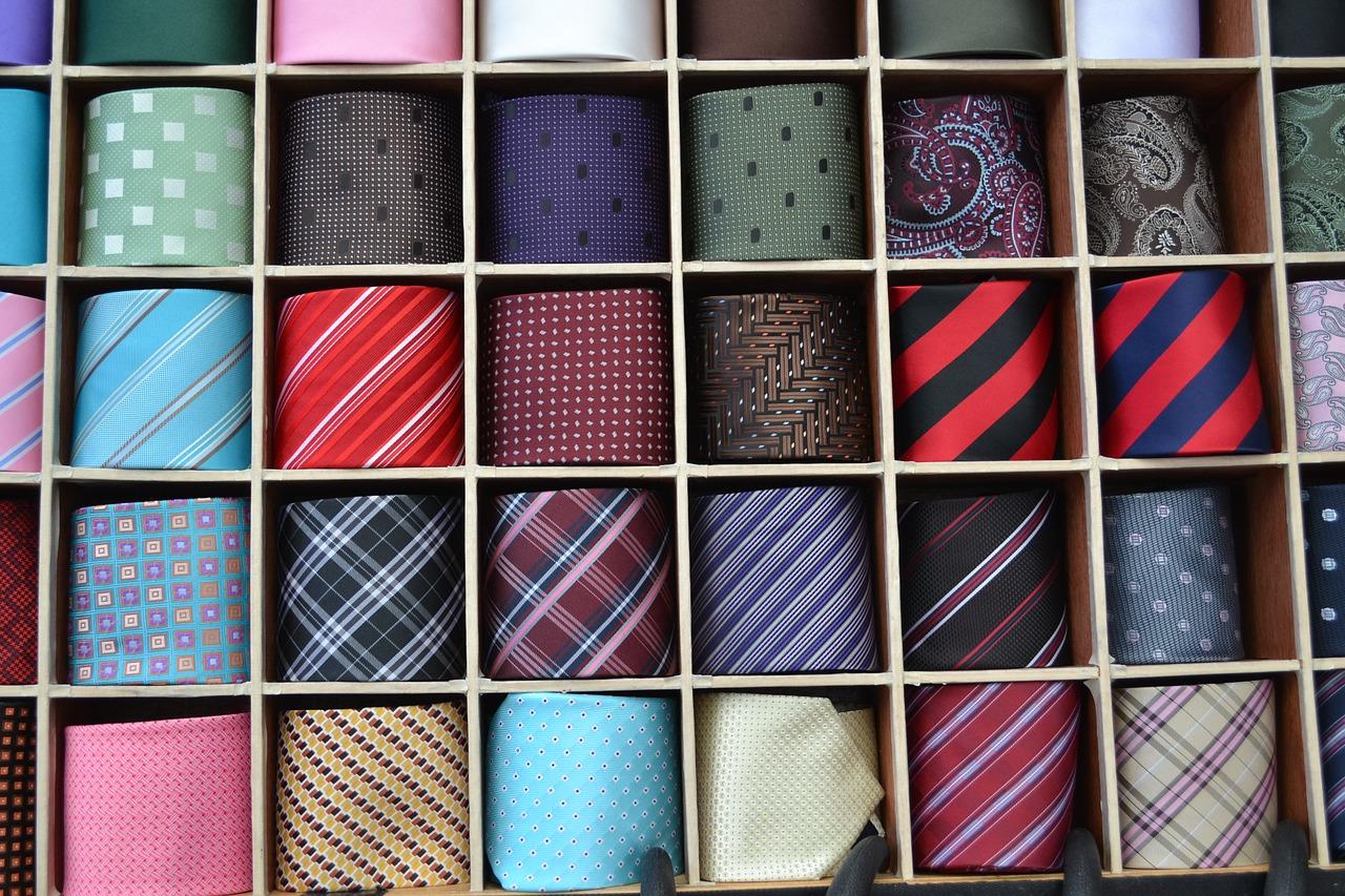 お買い得の安いリクルートスーツをまとめて徹底紹介!【レディース】