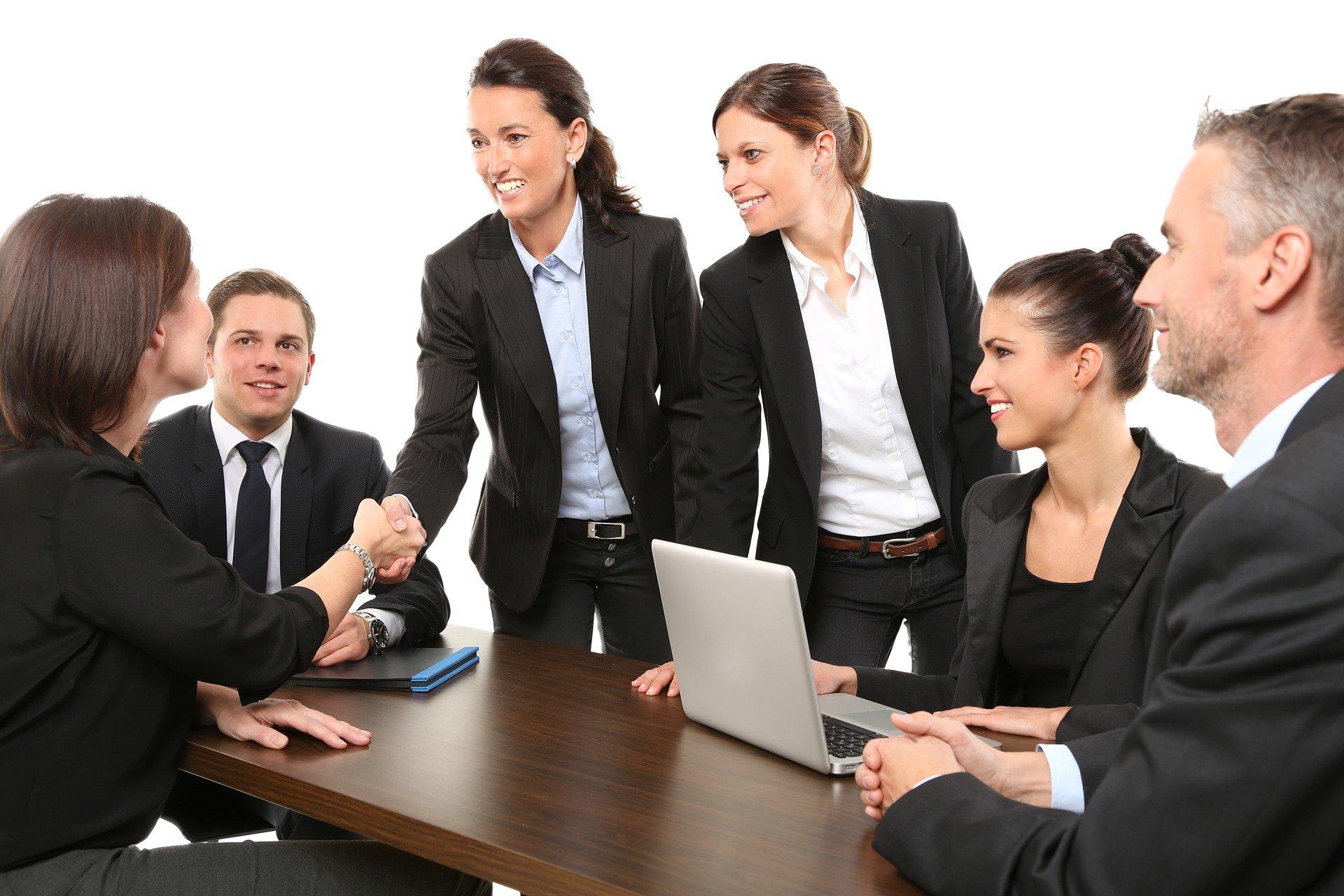 総合商社への転職を成功させる方法・適性のある人の特徴を7つ紹介!